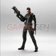 Deus-Ex-Human-Revolution_Figurine-5