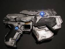 snub pistol gears of war